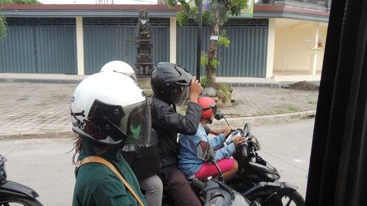 Bali live on the street. #Steffen Abel