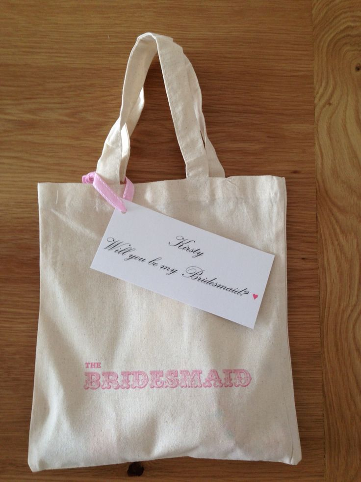 Bridesmaid Gift Bag. I gave this to Kirsty as a token when I asked her to be bridesmaid. I had put a friendship plaque inside it and a pastel pink nail polish as that is one of the five pastel colours I had assigned my bridesmaids!! Each will wear a different colour! There were also some love heart sweets too ☺️