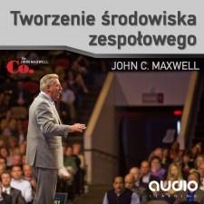 Tworzenie środowiska zespołowego  autor: dr JOHN C. MAXWELL    Jeśli jesteś szefem zespołu, chcesz, aby osiągał wybitne wyniki, musisz umieć stworzyć odpowiednie środowisko, w którym ludzie będą się mogli rozwijać.         John Maxwell jest jednym z najwybitniejszych praktyków  w tej dziedzinie, a dodatkowo wspiera się obserwacjami wielu swoich przyjaciół-liderów, na przykład trenerów sportowych, którzy stworzyli zespoły mistrzów NBA. #johnmaxwell #audiobook #lider #przywództwo #zespół