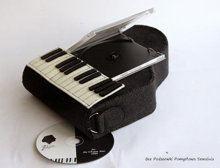Zagraj to jeszcze raz... bardzo oryginalna torebka nie tylko dla melomanów. Doskonała na pewno na koncert, romantyczny spacer, kolację nie tylko we dwoje
