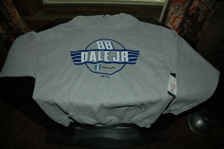 Dale Earnhardt Junior 88 Nascar hoodie pullover size large Gray new with tags