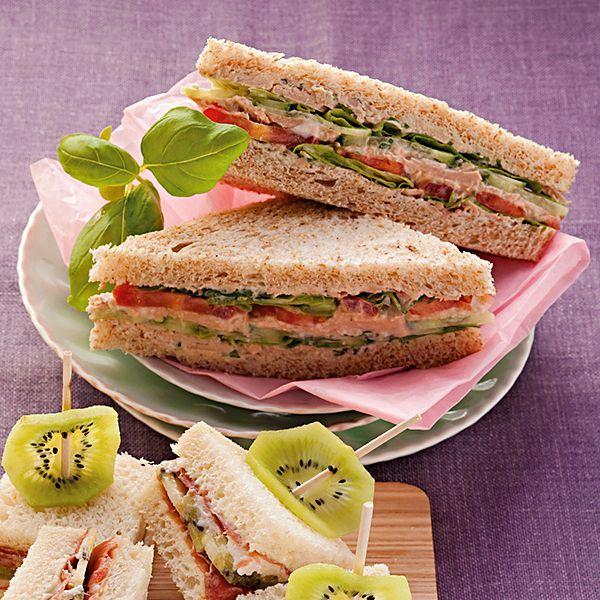 thunfisch sandwich aus tortillachips fingerfood rezepte. Black Bedroom Furniture Sets. Home Design Ideas