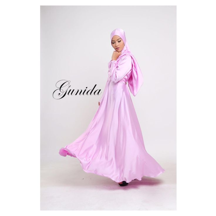 Fathina dress Material: elegant mosscrepe by valentino
