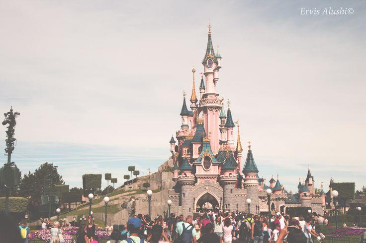 Disneylan Paris the mighty castle