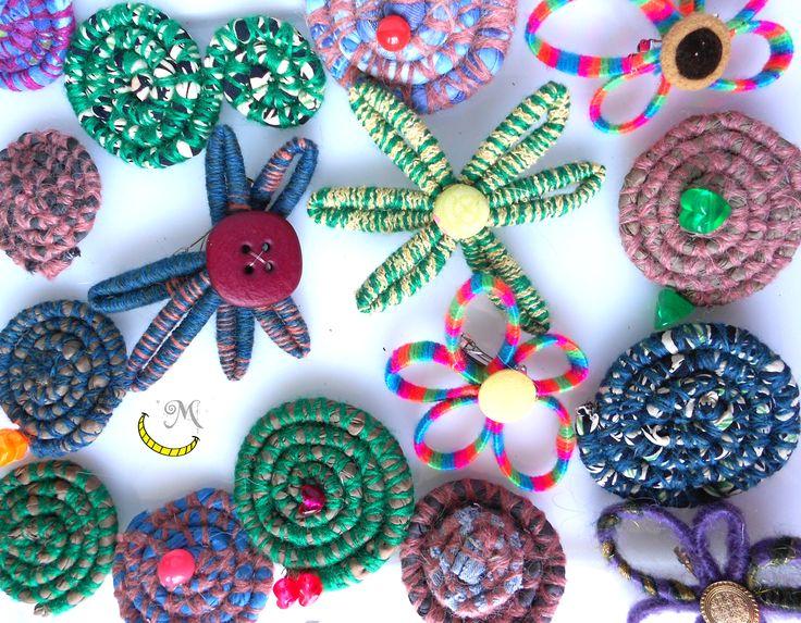http://www.alittlemarket.it/accessori-per-capelli/it_fermagli_per_capelli_mixtyfantasy_4p_-12406885.html  http://it.dawanda.com/product/74474759-Fermagli-per-capelli-MiXtYFAntAsY-3p-III  fermagli accessori moda per capelli hair pelo plastica stoffa tessuto cloth plastic plastico tela riciclo riuso reuse recycle reciclado fatto a mano handmade made in italy artigianato italiano Malice's Craftland