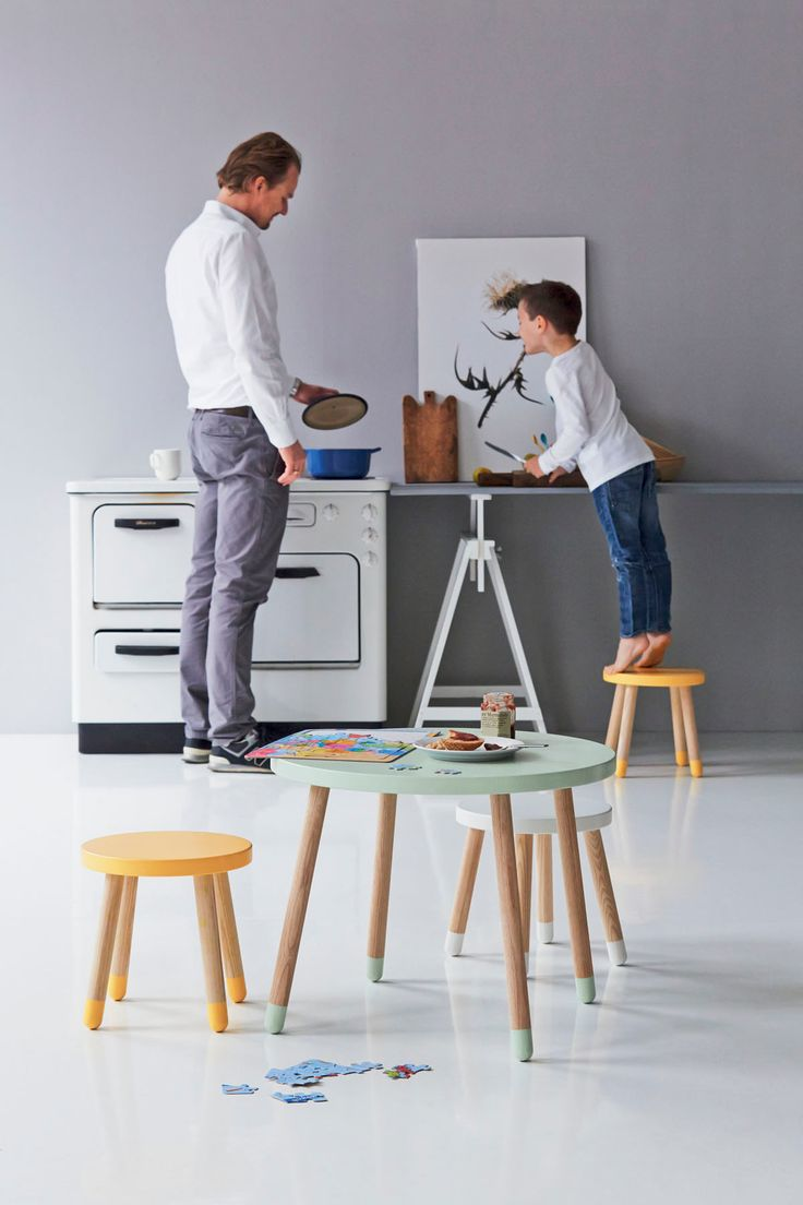 soft colors, low seats and with a great design. This kids furniture from Flexa.