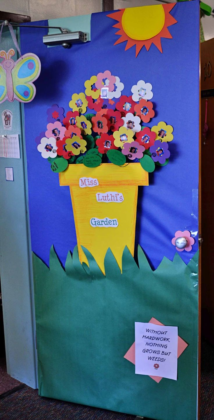Best 25 garden bulletin boards ideas on pinterest for Nursery class door decoration
