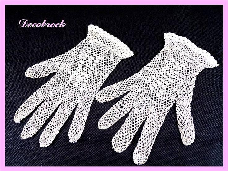 Paire de gants vintage en maille de coton fait main blanc vintage France vintagefr mariage communion de la boutique decobrock sur Etsy