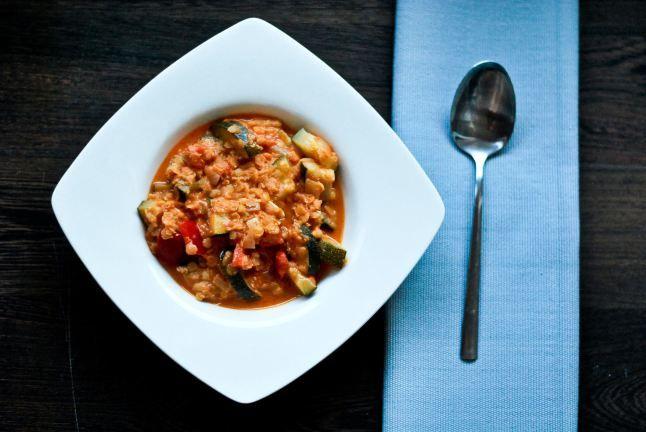 Red vegan lentil curry #vegan #food #blog #recipe