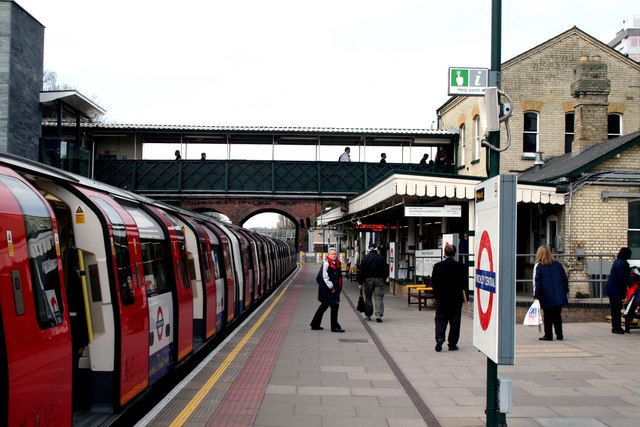 Finchley Central station Looking north-west along the London-bound platform. The train is for Kennington via Charing Cross. Finchley Central opened as Finchley (Church End) in 1867,and was an intermediate station on the Great Northern's Edgware line, via Mill Hill. The line to High Barnet was not added until 1872. All trains had steam traction until 1939, when the line closed, to re-open in 1940 as part of the London Underground Northern line.