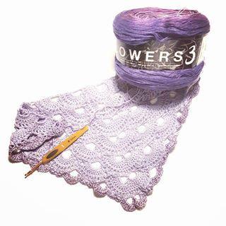 Så faldt jeg også i en omgang virus 🙈  #mayflowers3 SPONSERET af #Mayflowerknitting er nu på nålen, det er så dejligt blødt og fint at have i hænderne 🤗 #pindeven #mayflowermoments #virussjal #crochet #craft #hækle #hæklet #virka #virkat #ti_tommelfingre #inspiration #diyboligmagasinet #diy #garn #bomuld #cotton #handmade #Hak #sommer #summer #mayflowergarn #sponseret #happy #meditation #håndlavet #yarn #yarnaddict