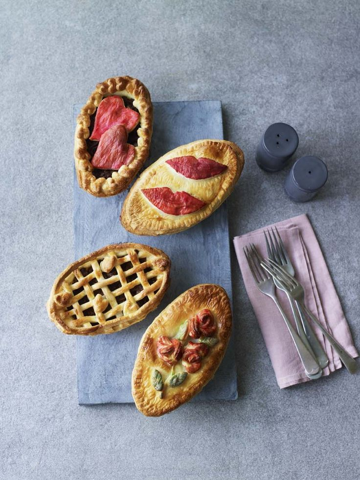 Stacey's Old-Fashioned Minced Beef Pies - from The Great British Bake Off
