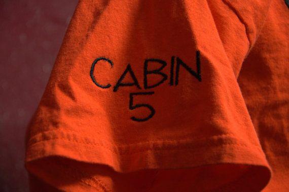 La cabine de sang-mêlé camp Shirt T-Shirt par TheElliottsCloset
