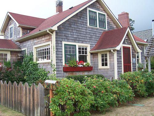 17 best ideas about beach cottage exterior on pinterest - Beach house colour schemes exterior ...