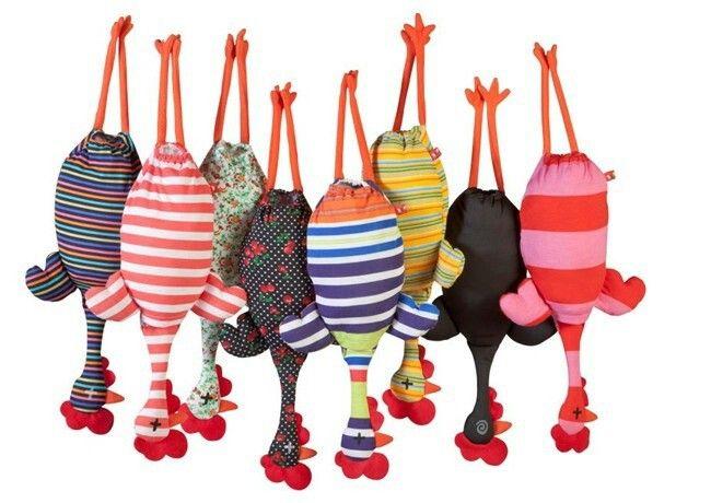 Saquitos para guardar bolsas de plástico con forma de gallina - Bags to store plastic bags in the form of hen