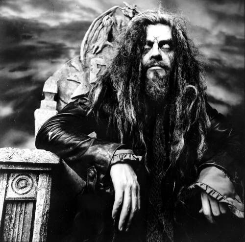 Rob Zombie. Was lucky to get pulled up on stage twice at ozzfest one year. Danced with a bunch of girls and got to shake his hand. He's not much taller then me I was shocked.