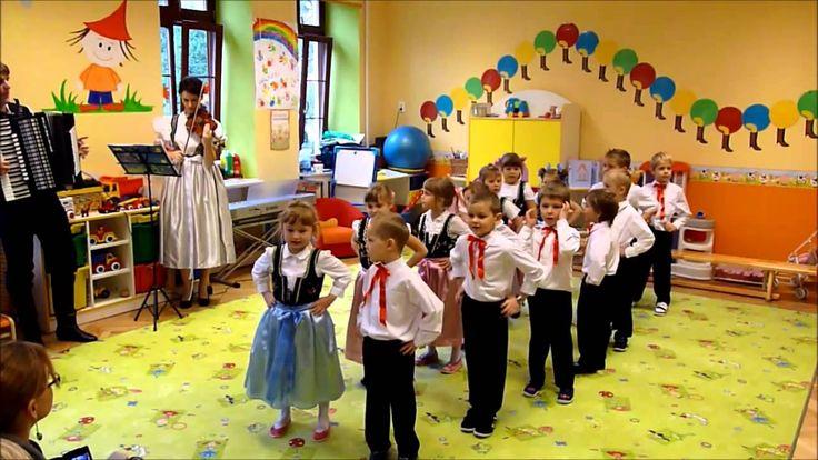 """Pieśni i tańce ludowe - Przedszkole """"Bajlandia"""" w Cieszynie"""