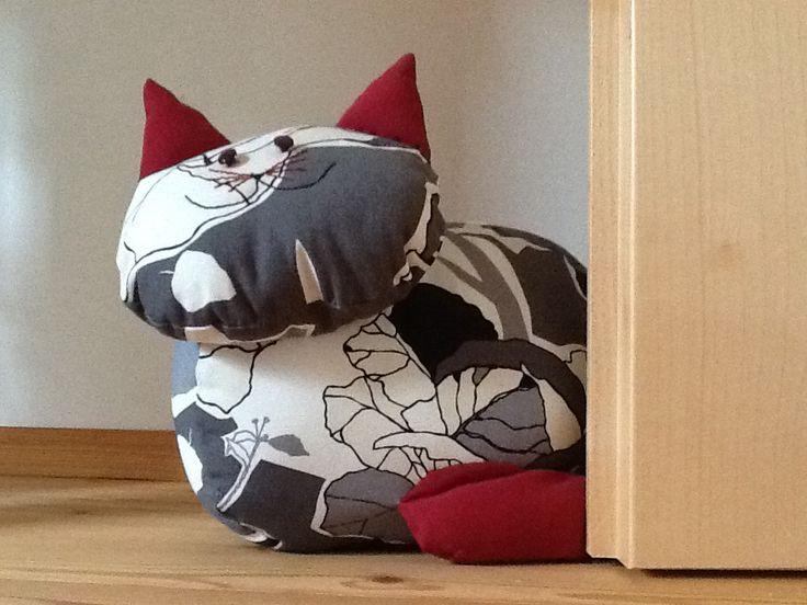 21 besten cats bilder auf pinterest k tzchen katzen. Black Bedroom Furniture Sets. Home Design Ideas