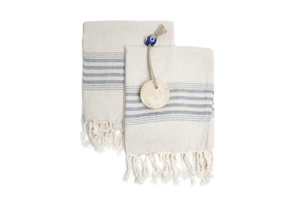 Peshkir is a small version of traditional Turkish towel, Peshtemal and used for centuries since Ottoman era. Natural hand-loomed Turkish Tea Towel is great for your kitchen or bathroom with its soft and sturdy texture. With extra soft and natural texture, our Linen Tea Towels quickly absorb moisture and dries quickly. Natural, healthy, eco-friendly linen Turkish Tea Towel gets softer and more absorbent in each wash Ahenque hand-loomed dish towels/tea towels are thinner, stronger and l...