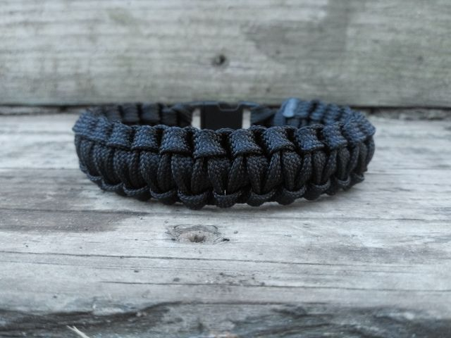 Paracord Bracelet Tutorial Using 550 Cord Jurassic Styles
