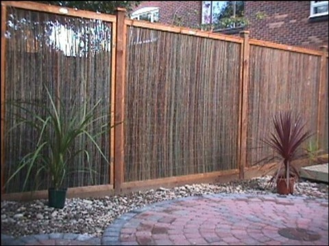 38 best images about garden screens for privacy on for Garden screening ideas