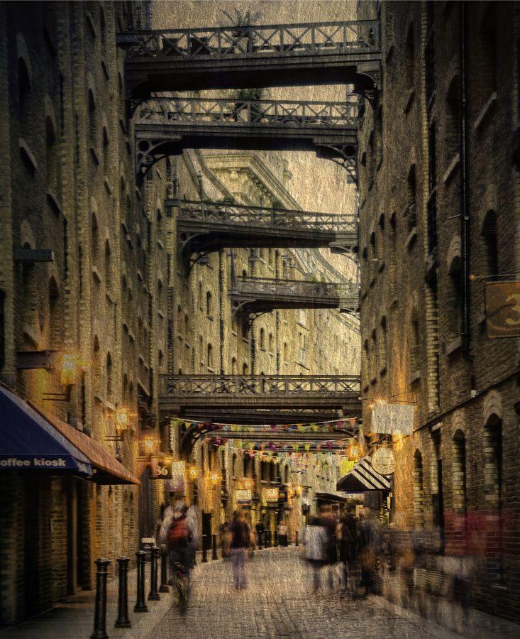 Old London. #London #England #City #HDR #Cobbles #Bridges #JCraxton