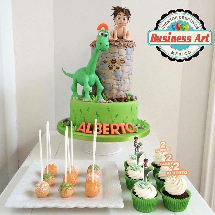 Un gran dinosaurio cake