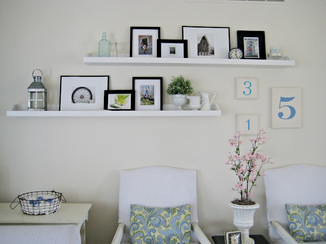 Best 25+ Photo ledge display ideas on Pinterest | Picture walls ...