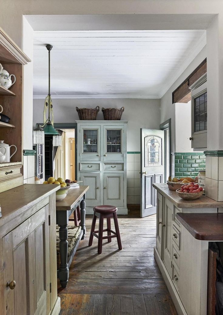 uploaded by cyndi Kitchen design