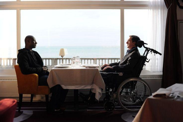 Életrevalók /Intouchables/ magyarul beszélő, francia vígjáték, 107 perc, 2011  Philippe François Cluzet Driss Omar Sy