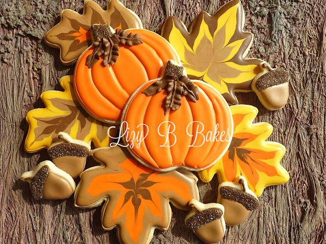 Eat them, frame them...eat them, frame them...I can't decide! Lizy B: Fall Leaf Cookie Tutorial