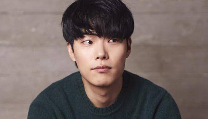 류준열 Ryu Jun Yeol