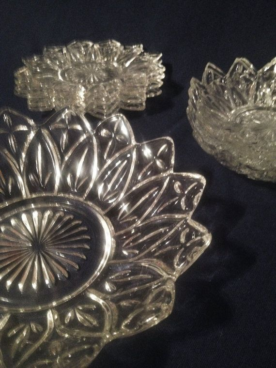 Vintage dinnerware by Federal Glass Co. Vintage clear glass plates and bowls.  Federal Glass Company petals dinnerware. on Etsy, $48.00