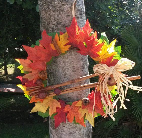 Ghirlanda autunnale, decorazione con foglie acero colori caldi e decori naturali , corona foglie autunnali sfumate, decorazione parete unica b y Ghirlandiamo #italiasmartteam #etsy