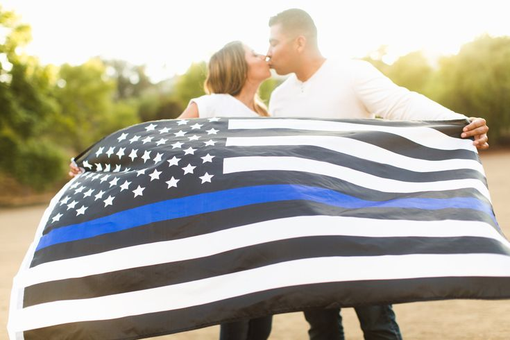 another awesome picture displaying the Thin Blue Line for law enforcement