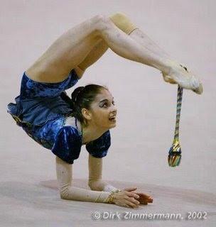 la gimnasia ritmica: ejercicios con mazas