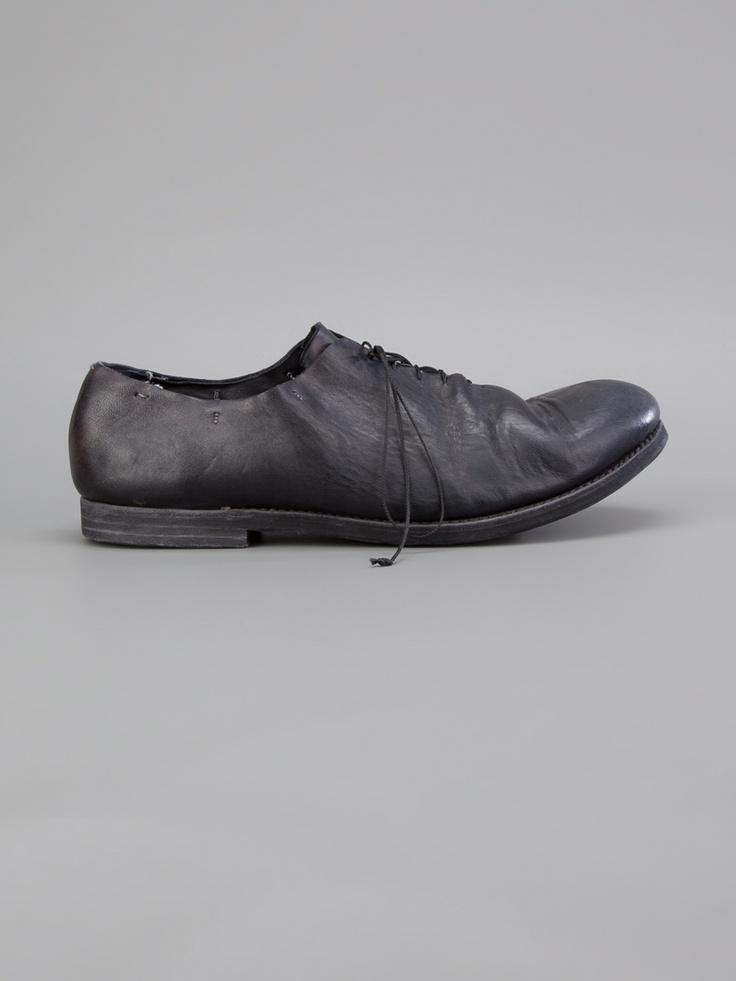 A Diciannoveventitre Horse Leather Shoe