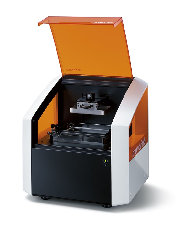 Achieve speed and detail with the Roland ARM-10 3D Printer Ultraviolet digital light projector