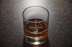 Famous Grouse #whisky in glass, photo courtesy Grey Hobbit #scotch