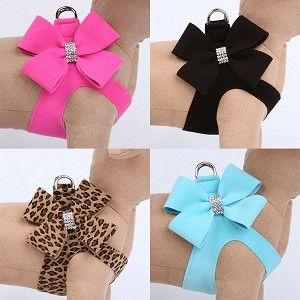 Nouveau Bow Crystal Step-In Dog Harness. Stop it! These are precious