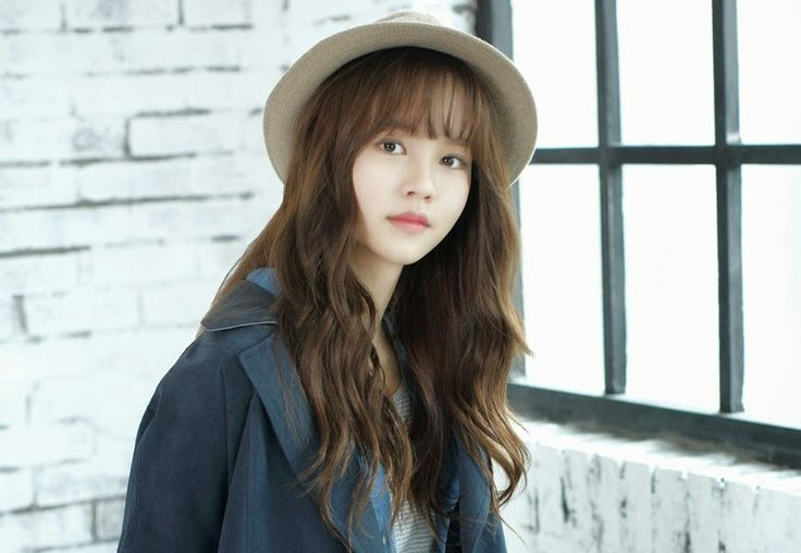 Kim So-hyun is the official female lead in 'Who Are You - School 2015'