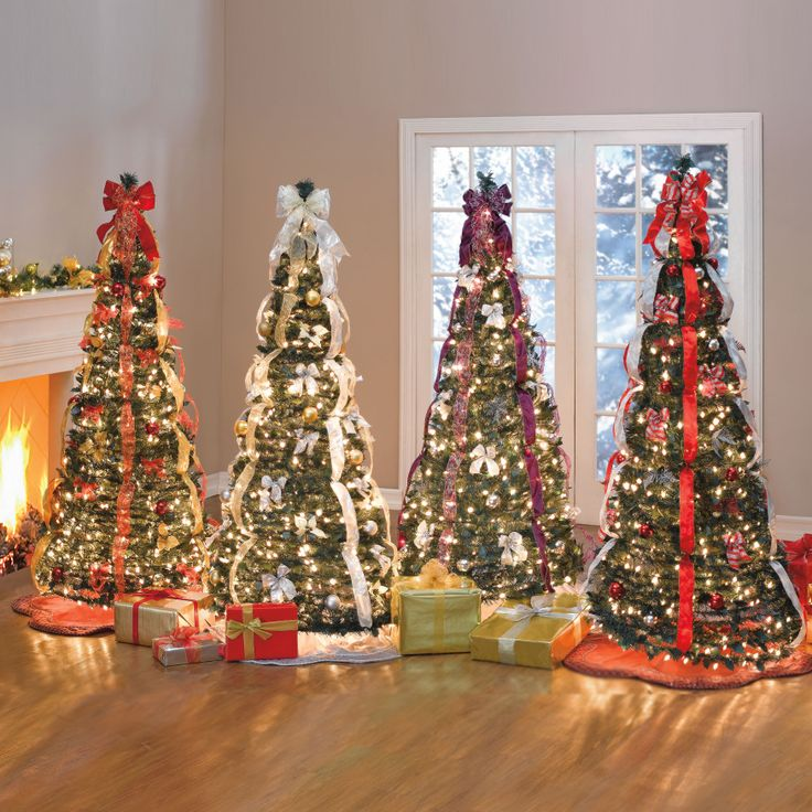 1000+ Ideas About Pre Decorated Christmas Trees On