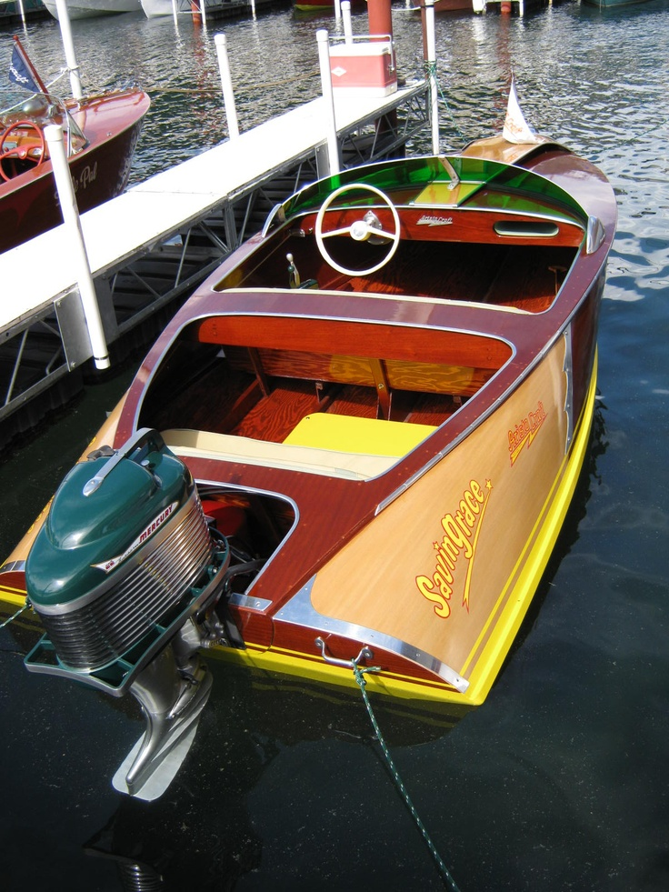 Old Boats With Fins | Classic Century Fiberglass Boats by Josef