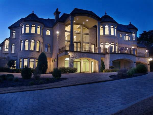 i 39 m not really into big fancy houses but i like it