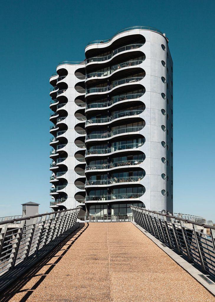 Danielsen Architects. Metropolis #7   by Ximo Michavila