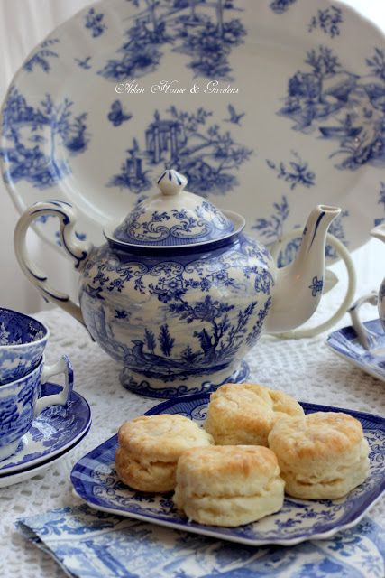 Hello everyone,     I think some of you know that I have   a' thing 'for transferware of any   color but  blue and white is defini...