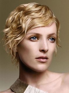 haircut wigs 1000 ideas about wavy layered hair on wavy 2122
