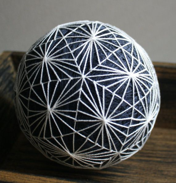 Blue and White Lattice Snowflake Temari