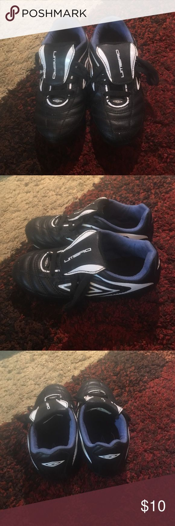Umbro toddler soccer shoes Umbro toddler boys soccer shoes size 12 in great condition. Umbro Shoes Sneakers