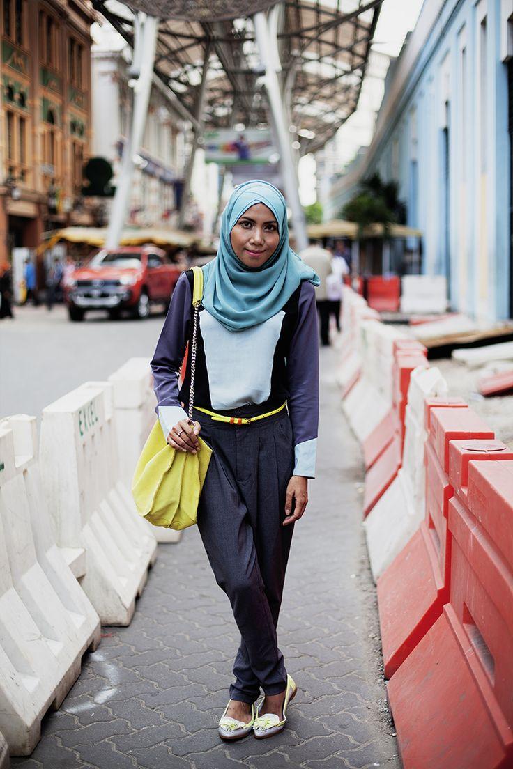 Inna lilahi wa inna ilaihi rajioun.. Allah yerhmha. This Hijabista passed away because of leukemia. May she be blessed with a great place in Jannah.